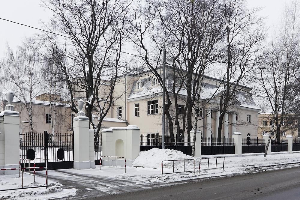 Вокруг Петровского парка